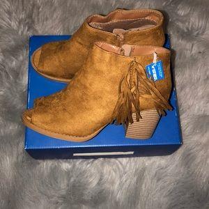 New Sheik open toe boot shoe